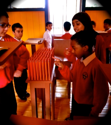 School kids wonder at the Siah Armajani Reading Room