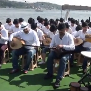 "A Turkish Michael Jackson Tribute ""They Don't Care About Us"""