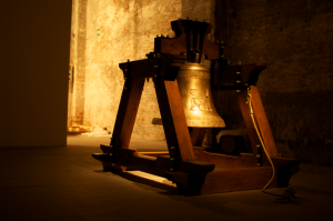 hiwa k the bell