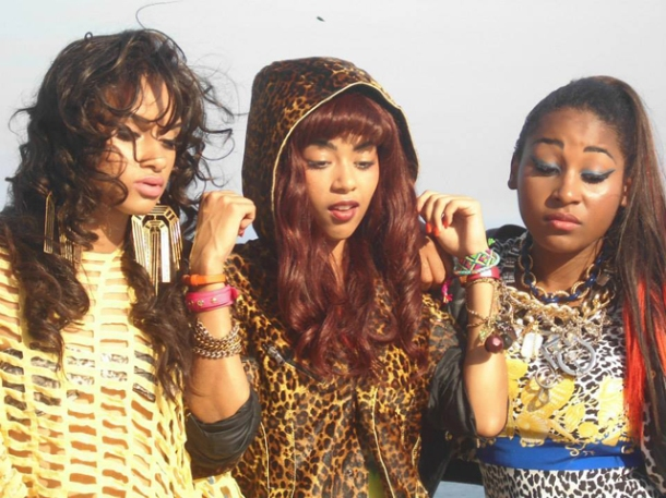 girl-rappers-pearl-negras